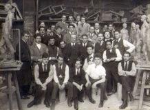 Photographie de groupe : Jean BOUCHER et ses élèves