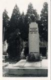 Carte postale – Tombe de Jean Boucher, au cimetière de l'Est de Rennes
