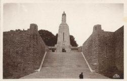 Carte postale – Monument à la Victoire et aux Soldats de Verdun